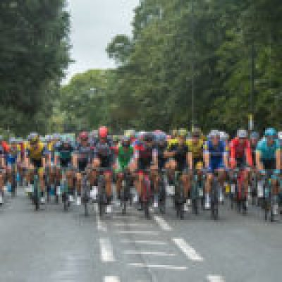 The peloton approaches Hampton Court in The Prudential RideLondon Classic. Sunday 29th July 2018Photo: Jon Buckle for Prudential RideLondonPrudential RideLondon is the world's greatest festival of cycling, involving 100,000+ cyclists - from Olympic champions to a free family fun ride - riding in events over closed roads in London and Surrey over the weekend of 28th and 29th July 2018See www.PrudentialRideLondon.co.uk for more.For further information: media@londonmarathonevents.co.uk